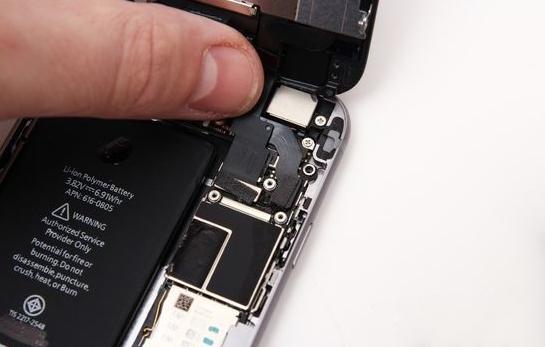 自己动手给iphone6/6 plus更换电池详细图文步骤